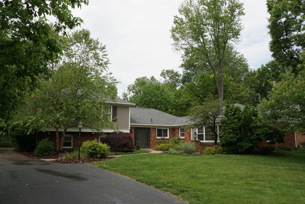 Exterior (Main) for 7390 Thumbelina Ln Montgomery, OH 45242