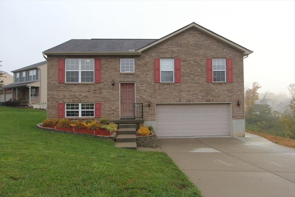 Exterior (Main) for 4450 Urlage Ct Covington, KY 41017