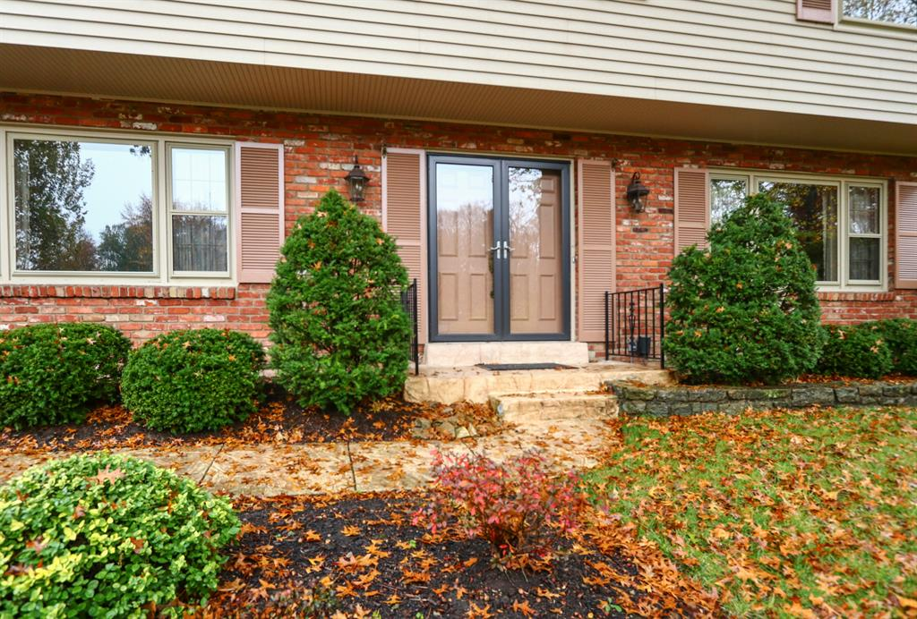 Entrance for 8760 Hollyhock Dr Finneytown, OH 45231