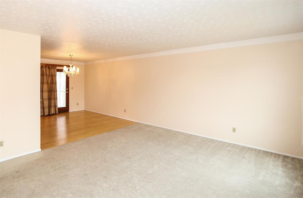 Living Room image 2 for 1107 Kingscove Wy Anderson Twp., OH 45230