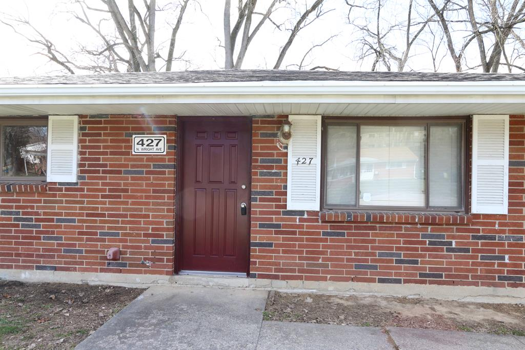 Entrance for 427 N Wright Ave Dayton, OH 45403