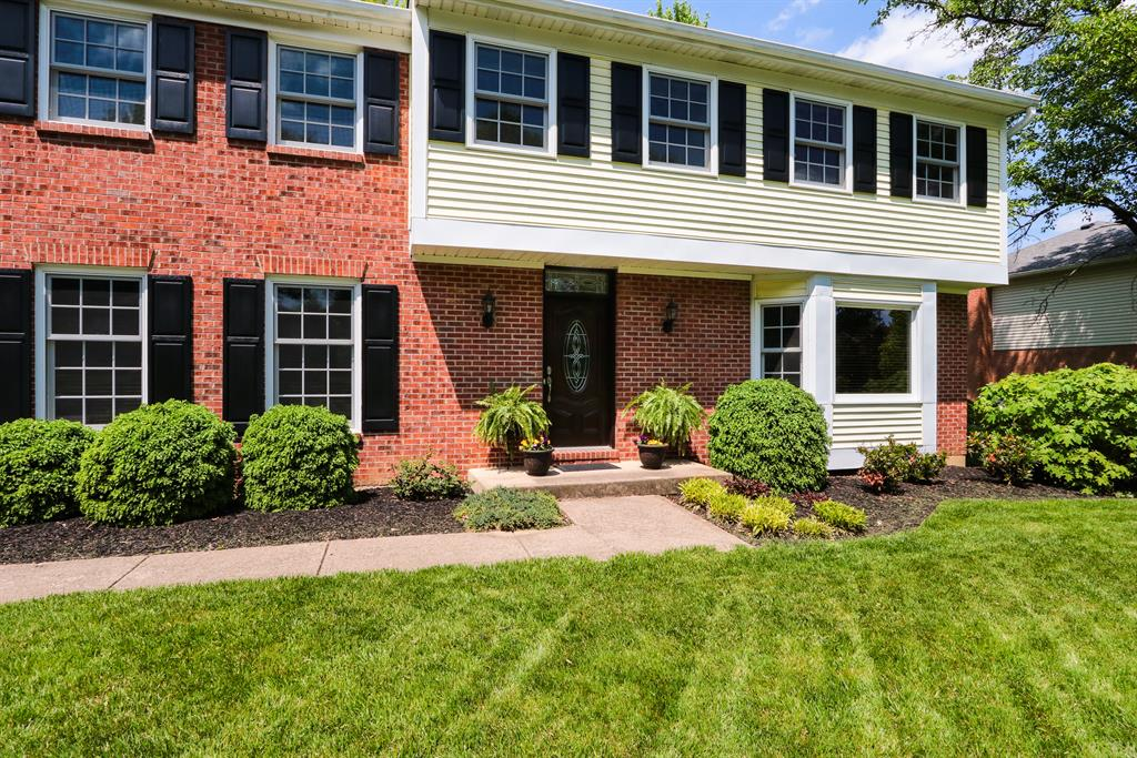 Entrance for 10413 Stone Ct Montgomery, OH 45242