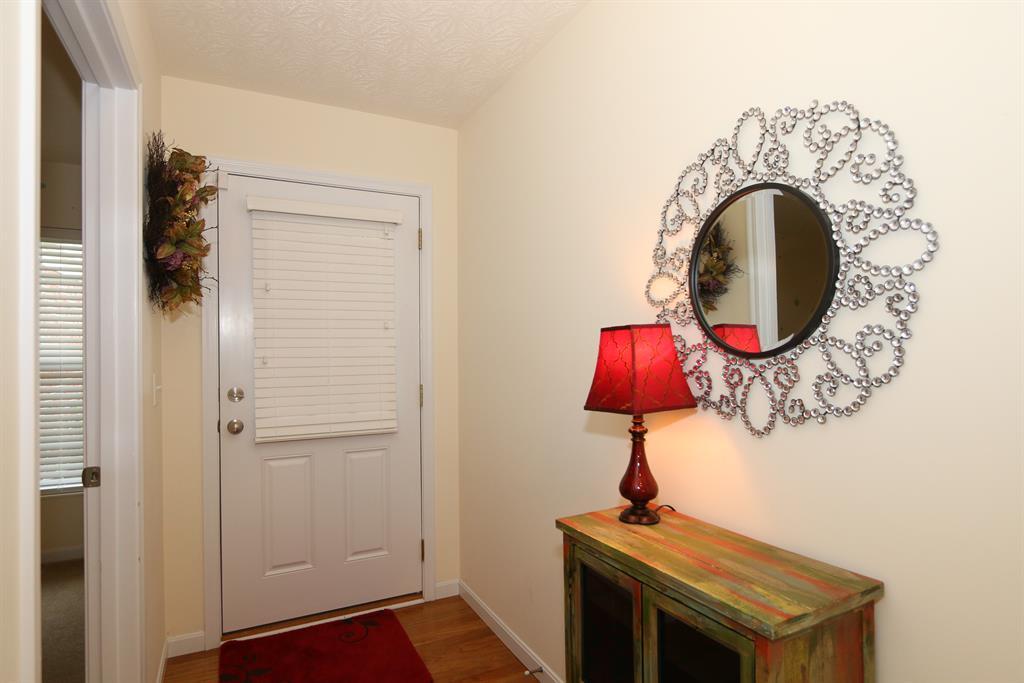 Foyer for 8094 Over Par Ct Burlington, KY 41005