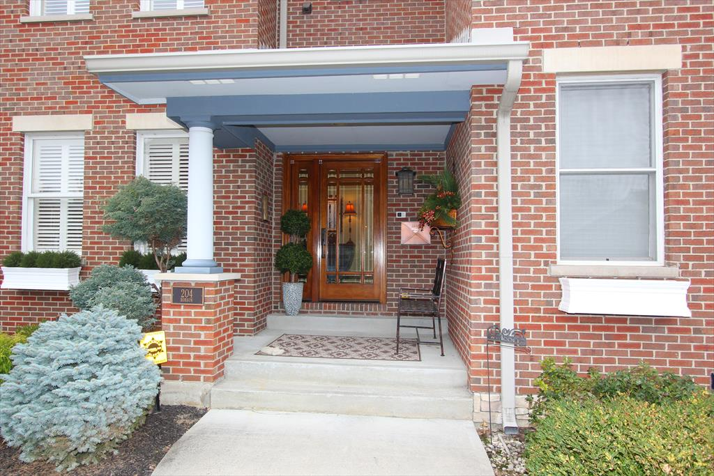 Entrance for 204 Robson Ln Bellevue, KY 41073