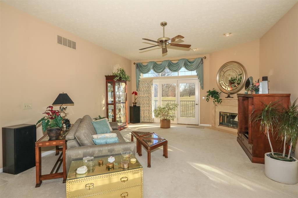 Living Room for 10830 Muirfield Ct Union, KY 41091