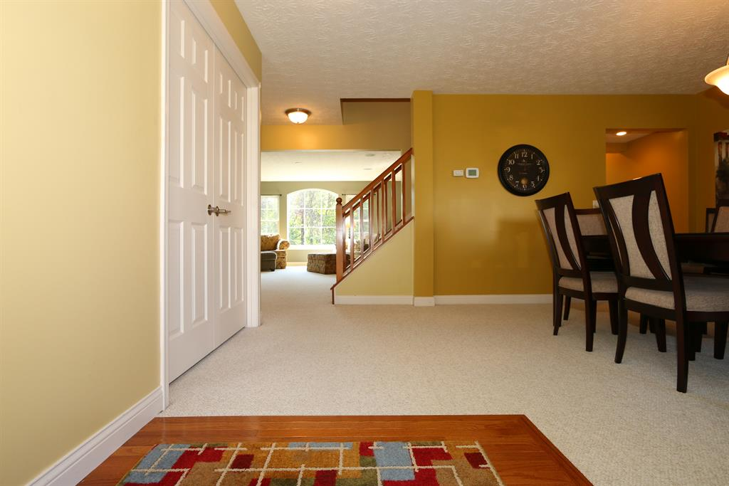 Foyer for 2735 Chateau Ct Union, KY 41091