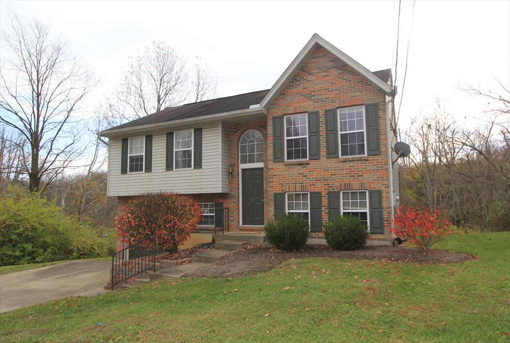 Exterior (Main) for 421 Ripple Creek Dr Elsmere, KY 41018