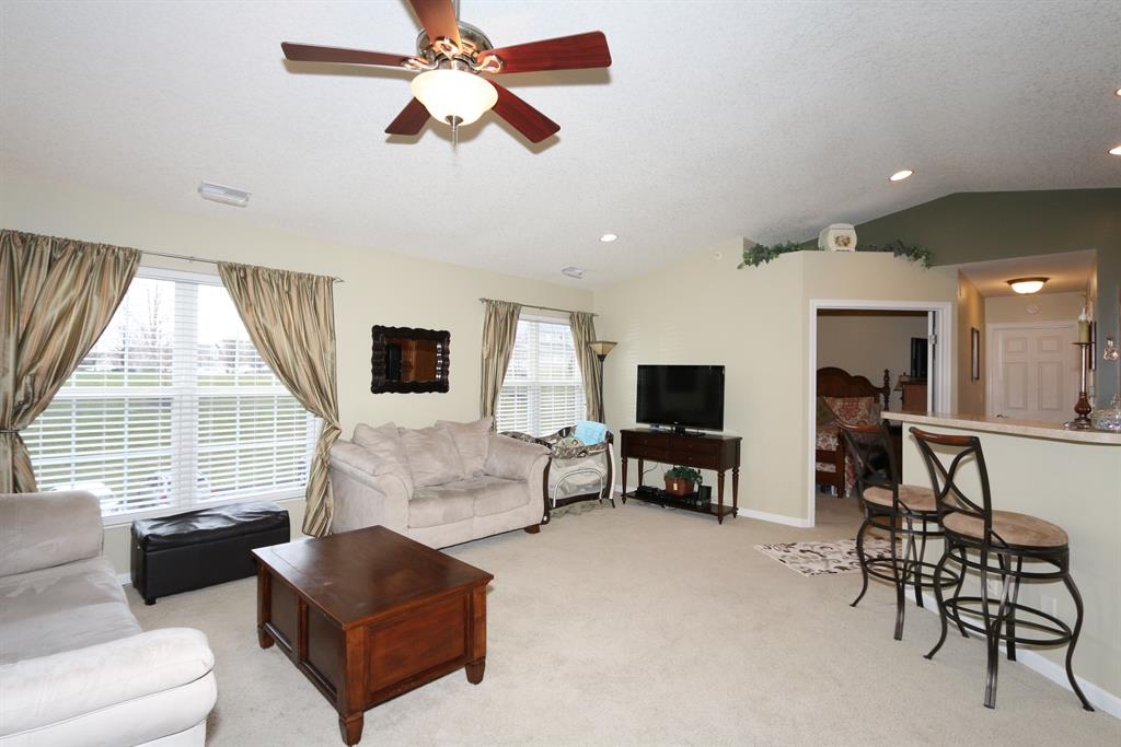 Living Room for 5901 Boulder View Cold Spring, KY 41076