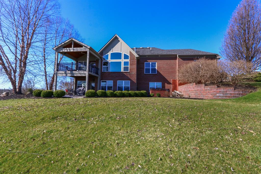 Exterior (Rear) for 2642 Twin Hills Ct Union, KY 41091