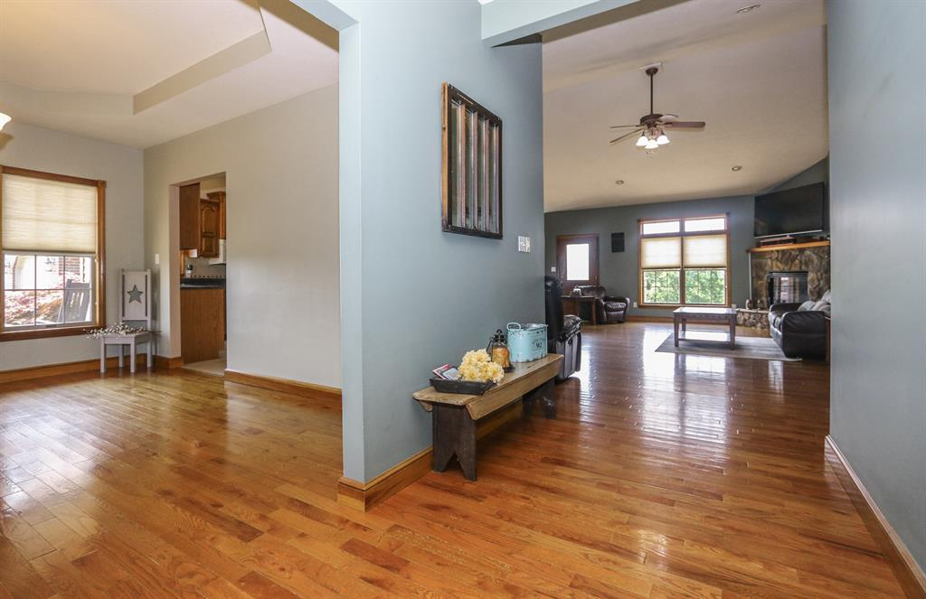 Foyer for 7074 Prouty Dr Hillsboro, OH 45133