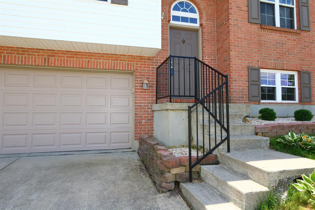 Entrance for 1116 Capitol Ave Elsmere, KY 41018