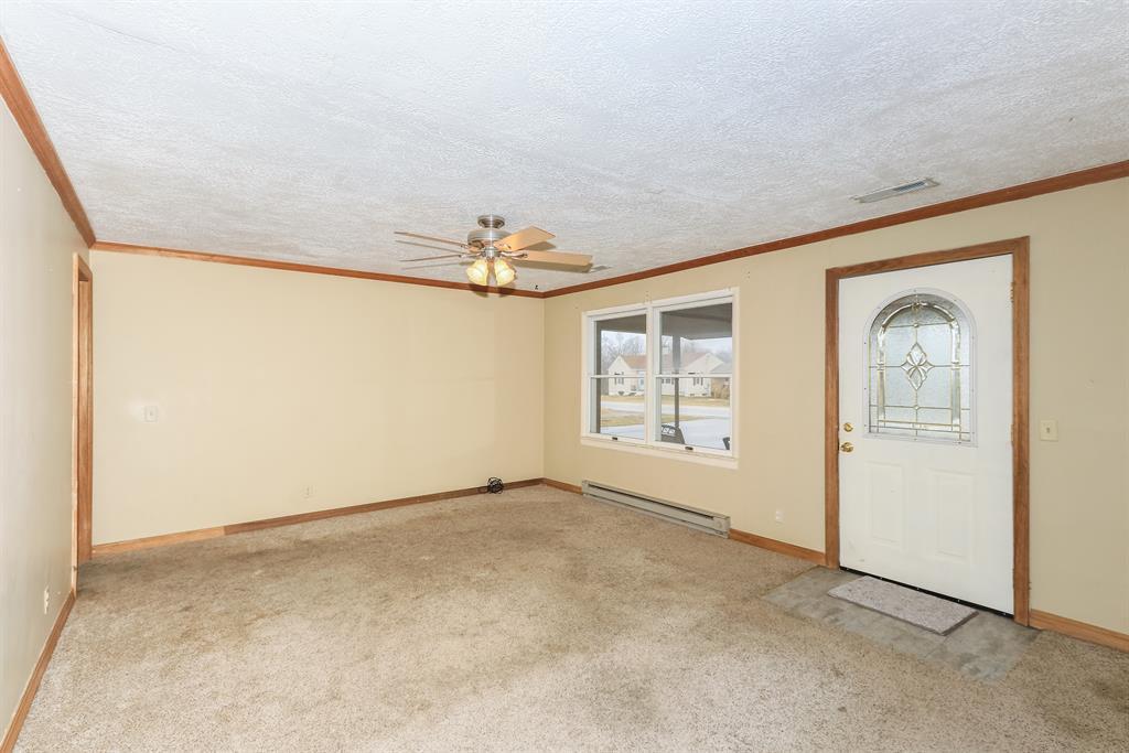 Living Room for 16286 St Rt 148 Aurora, IN 47001