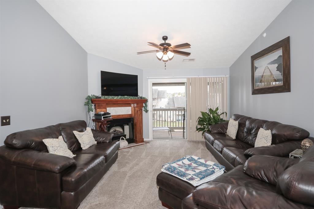 Living Room for 2287 Teal Briar Ln, 312 Burlington, KY 41005