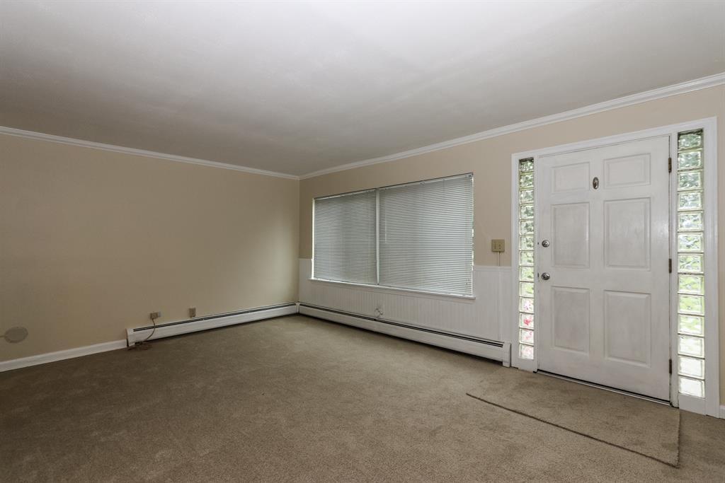 Living Room for 1437 Antoinette Ave Mt. Washington, OH 45230