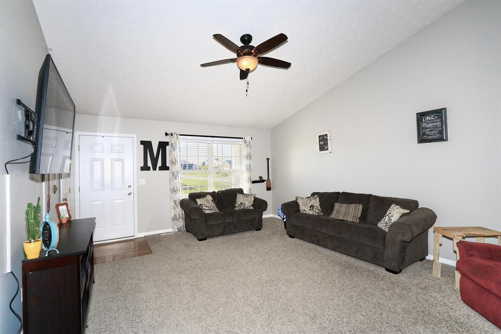 Living Room for 2300 Old Orchard Dr Bright, IN 47060