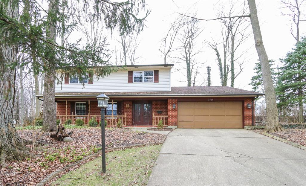 Exterior (Main) for 2525 Timber Oak Cir Kettering, OH 45440