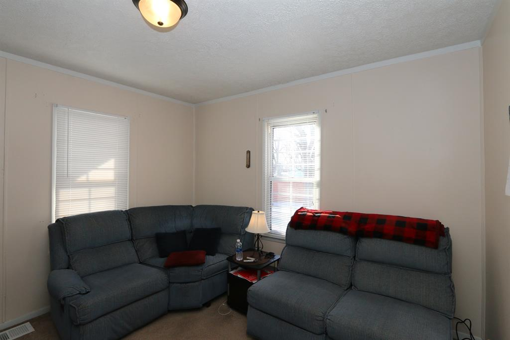 Living Room for 2309 Gipsy Dr Dayton, OH 45414
