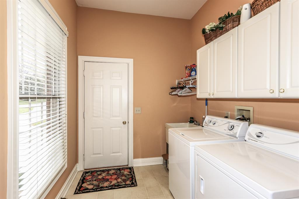 Laundry for 943 Riva Ridge Union, KY 41091