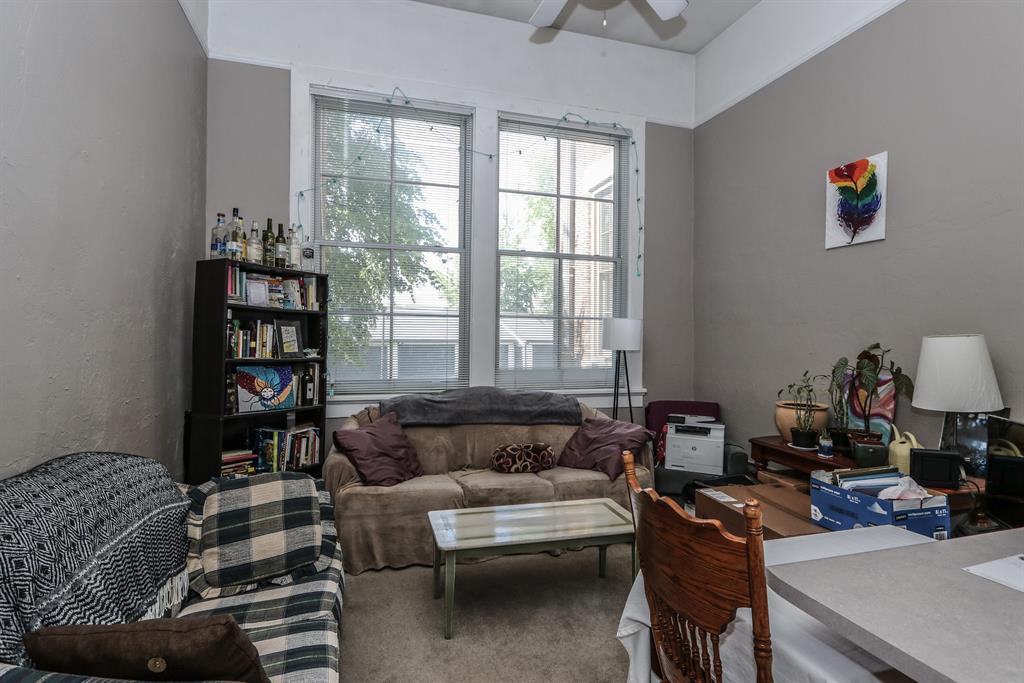 Living Room for 226 McDaniel St, 180 Dayton, OH 45405