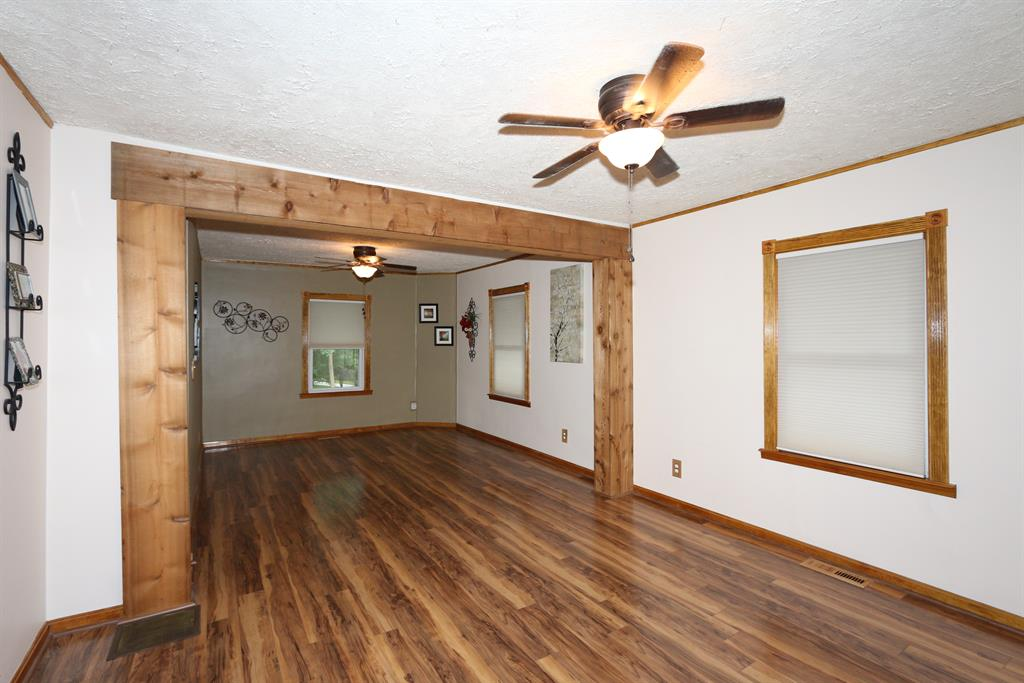 Living Room for 21526 Georgetown Rd Lawrenceburg, IN 47025