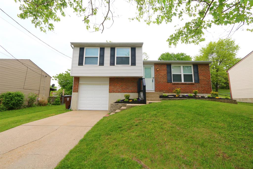 Exterior (Main) for 14 Hideaway Dr Covington, KY 41017