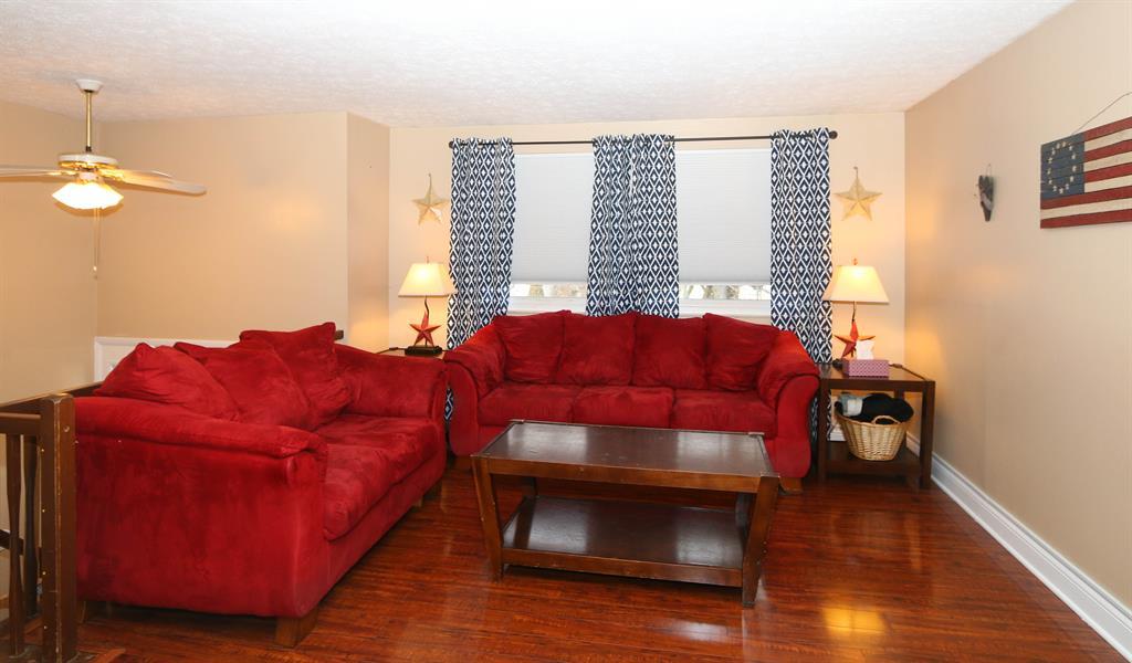 Living Room for 6771 Kentford Ct Sayler Park, OH 45233
