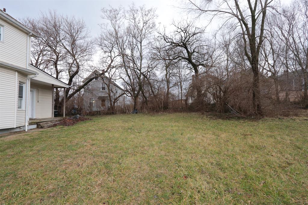 Yard for 3628 Idlewild Ave Evanston, OH 45207