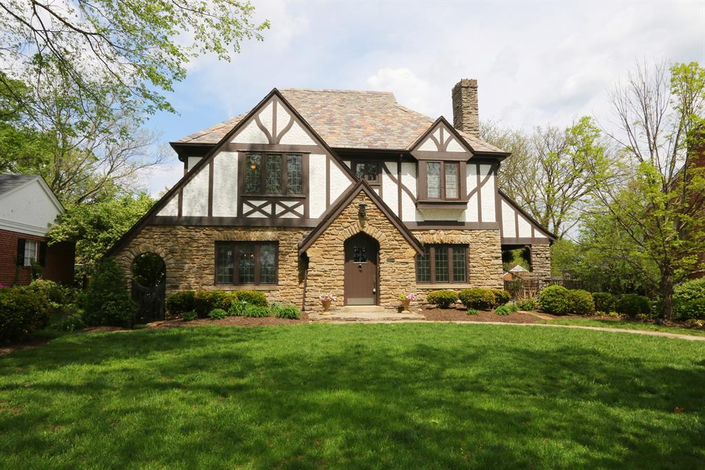 6936 Miami Bluff Dr Mariemont, OH