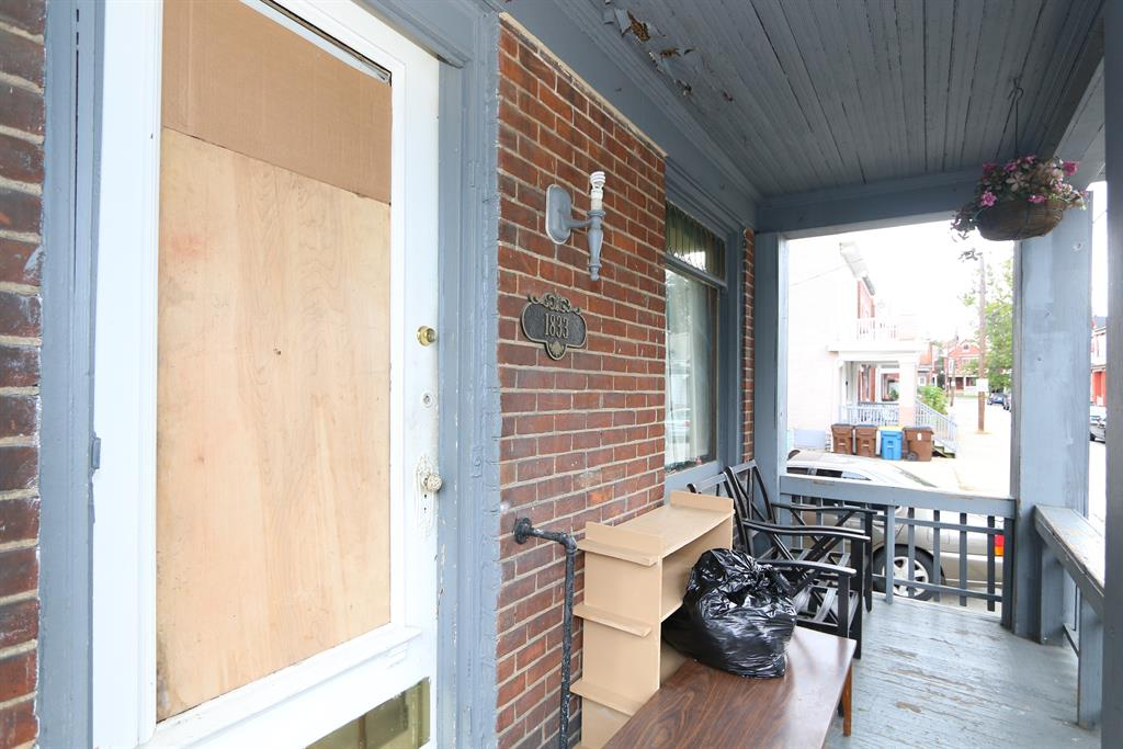 Porch for 1833 Pearl St Covington, KY 41014