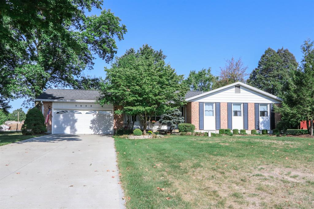 3040 Broadview Dr Springfield, OH