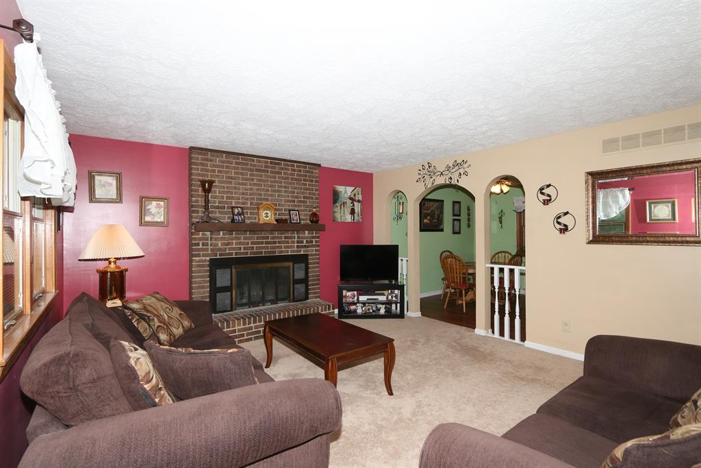 Living Room for 3088 Allens Fork Burlington, KY 41005