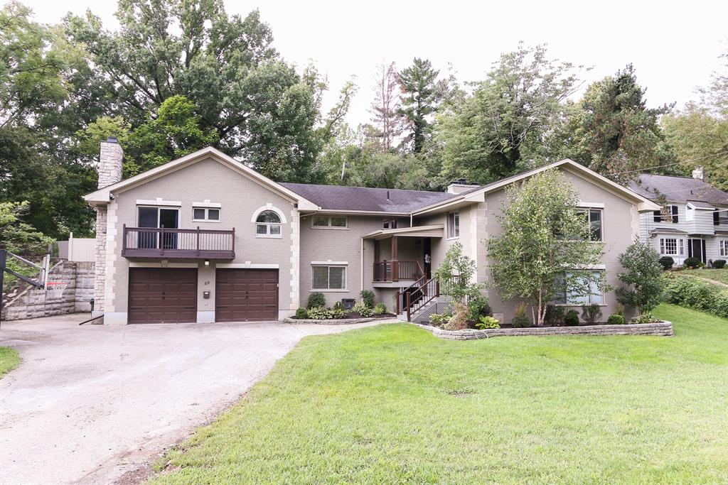 69 Reily Rd Wyoming, OH