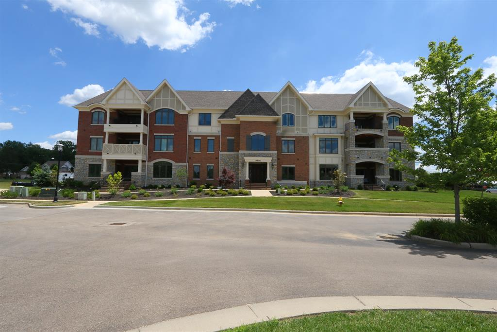 Exterior (Main) for 9506 Park Manor Blvd #202 Blue Ash, OH 45242