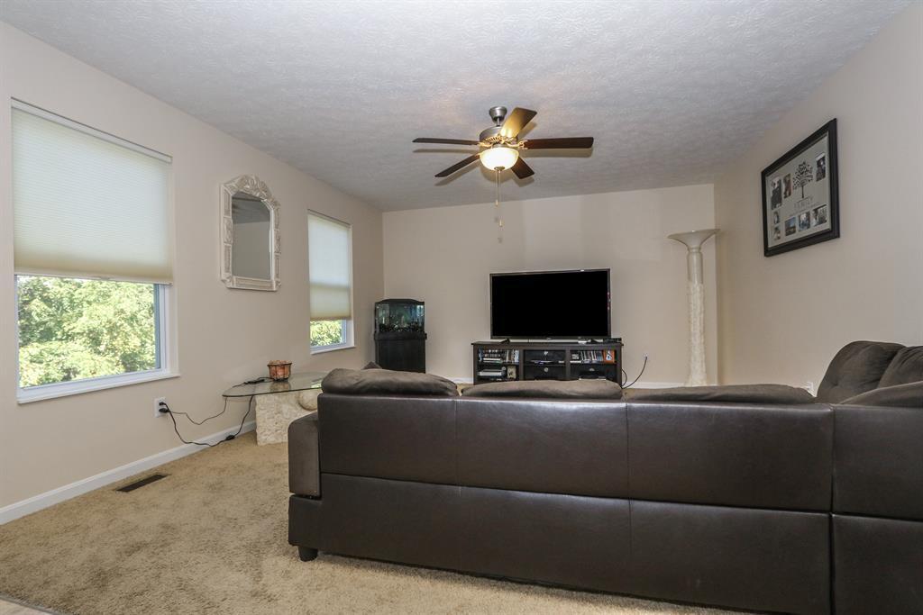 Living Room for 979 Bandanna Dr Delhi Twp., OH 45238