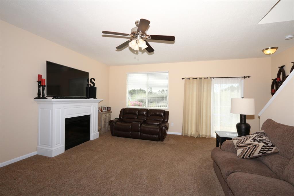 Living Room for 3068 Palmer Pl Burlington, KY 41005