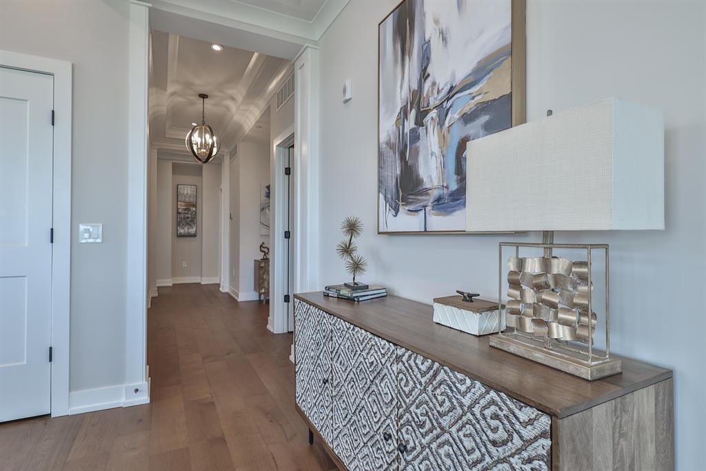 Foyer for 1150 Shavano Drive #16 Covington, KY 41011