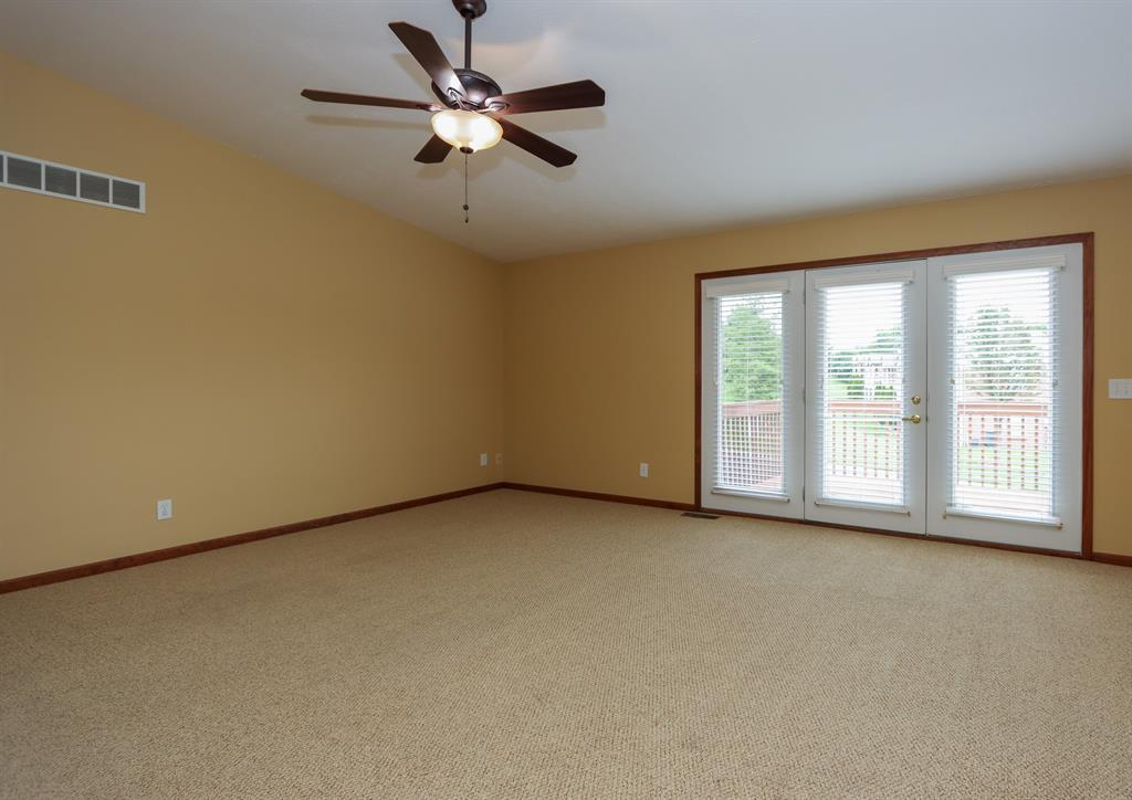 Living Room for 5350 Meadow Estates Dr Monfort Hts., OH 45247