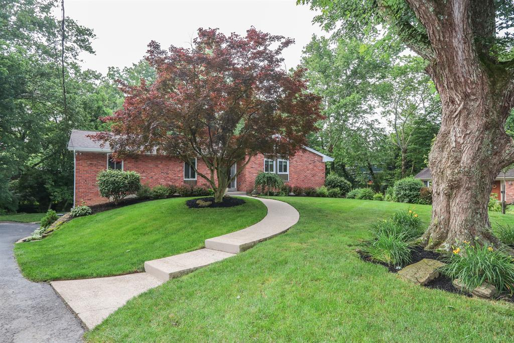 Exterior (Main) 2 for 131 Windingbrook Ln Terrace Park, OH 45174