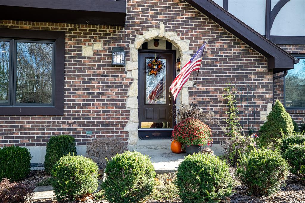 Entrance for 4453 Valley Brook Dr Clayton, OH 45322