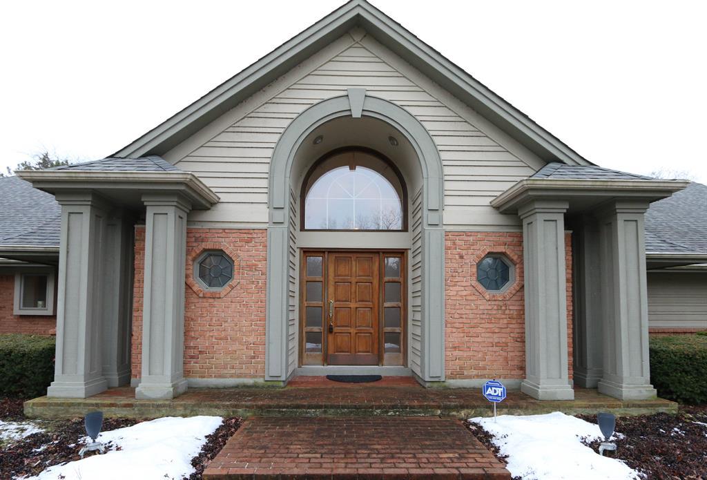 Entrance for 1770 W Rahn Rd Washington Township, OH 45459