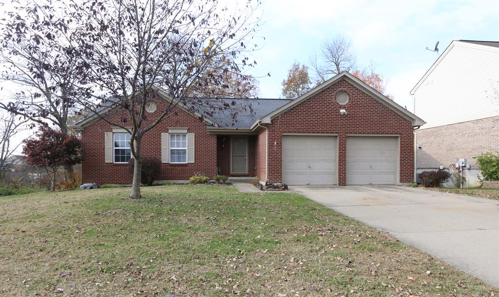 Exterior (Main) for 7565 Roxbury Ct Florence, KY 41042