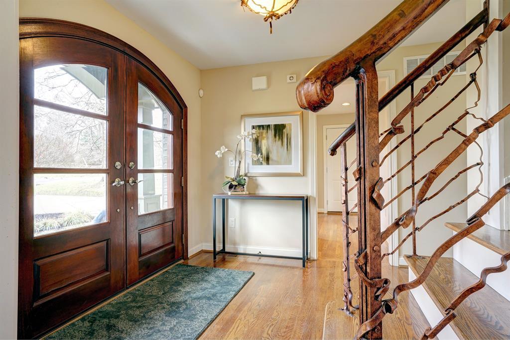 Foyer for 7742 Highgate Pl Kenwood, OH 45236