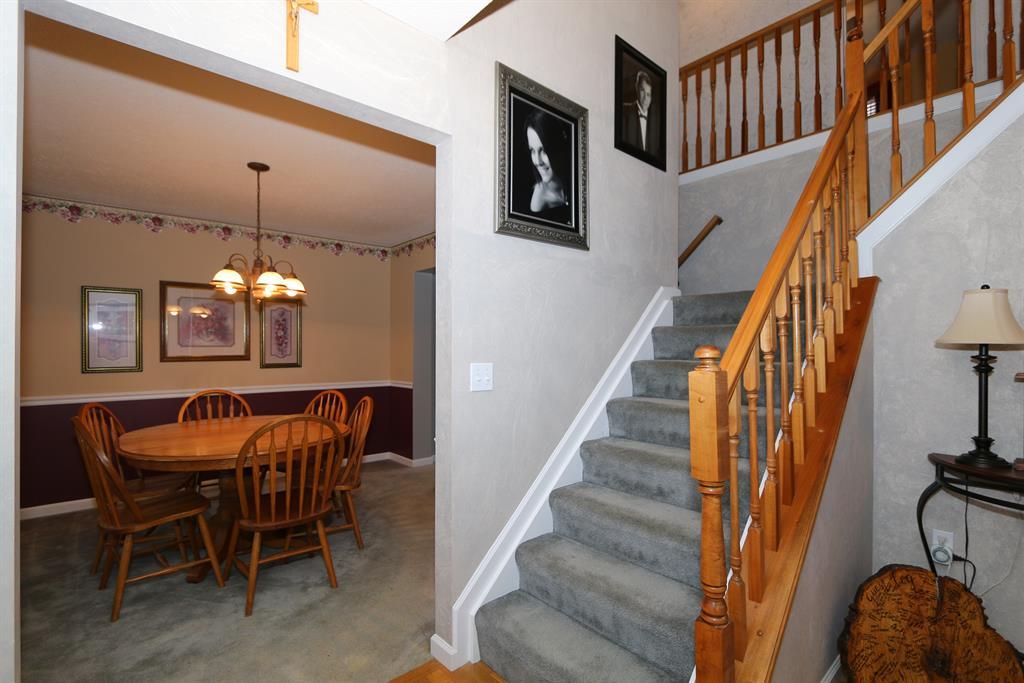 Foyer for 6274 Satin Wood Burlington, KY 41005
