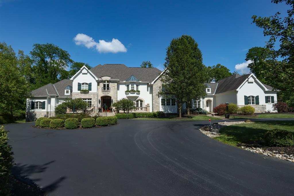 8650 Pipewell Ln Indian Hill, OH