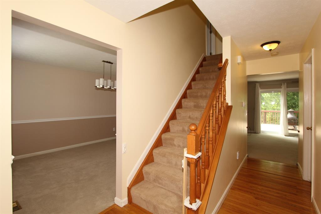 Foyer for 1225 Edinburgh Ln Union, KY 41091