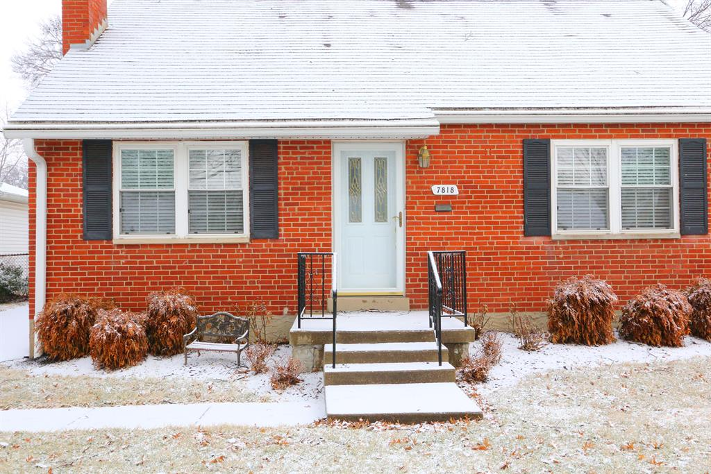Entrance for 7818 Locust Ln Madeira, OH 45243