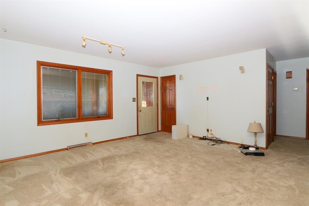 Living Room for 13913 Green Rd Walton, KY 41094