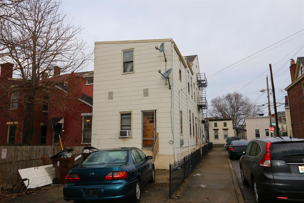 Exterior (Rear) for 419 W 9th St Covington, KY 41011