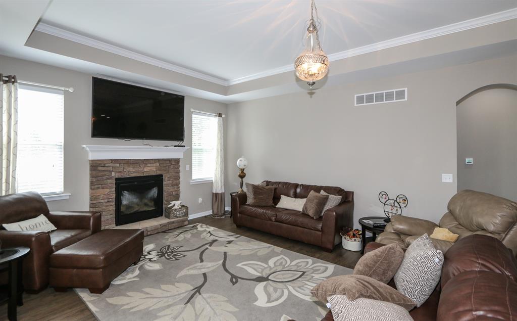 Living Room for 6537 Cannondale Dr Burlington, KY 41005