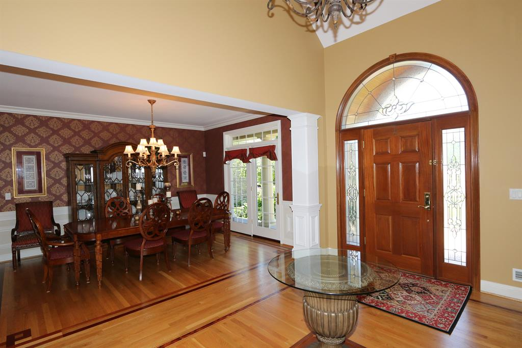 Foyer for 940 Squire Oaks Dr Villa Hills, KY 41017